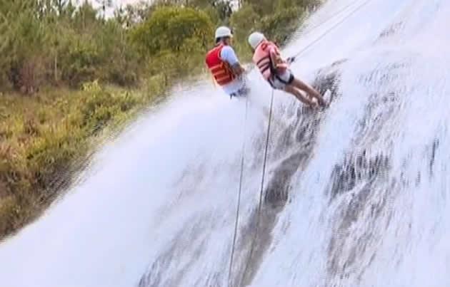 Холостяк 4 Спуск по водопаду 2