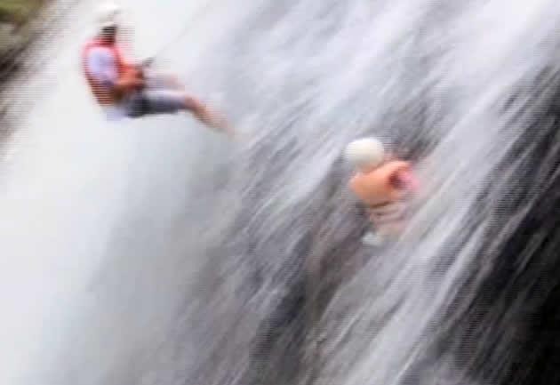 Холостяк 4 Спуск по водопаду 3