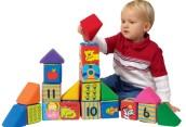 Какие игрушки выбрать для детей двухлетнего возраста?