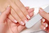 Преимущества и отрицательные стороны наращенных ногтей