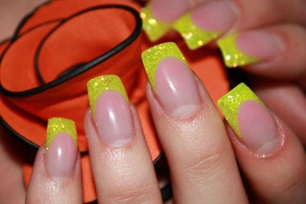 Наращивание ногтей. Что выбрать акрил или гель?